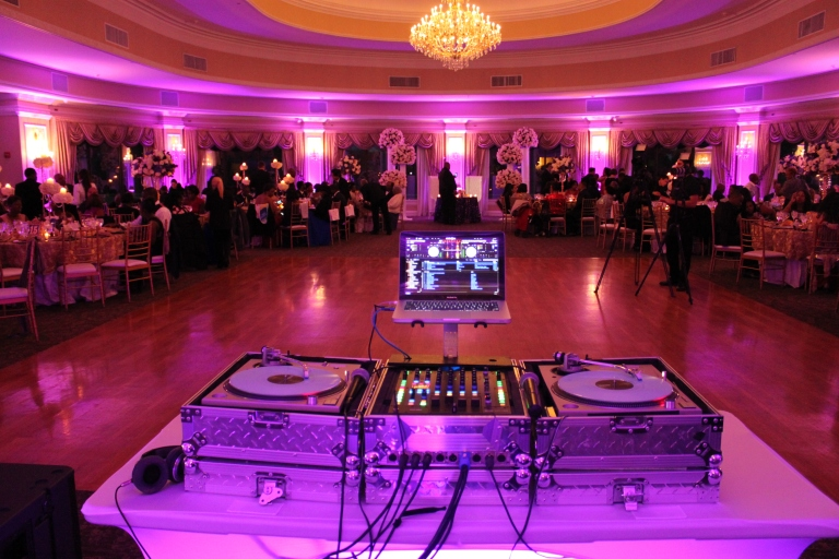 NY DJ & Uplighting at Oheka Castle on Long Island